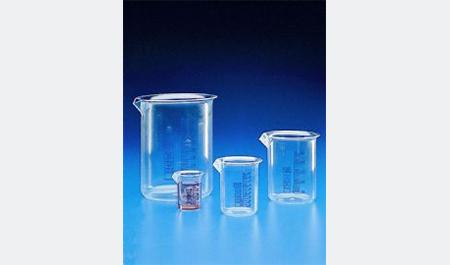 Bicchieri forma bassa con graduazione di colore blu